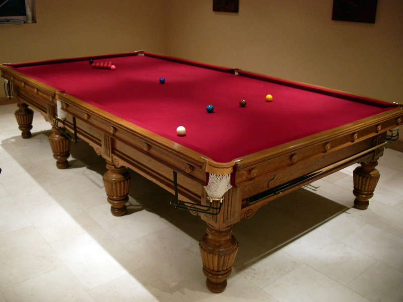 Snooker Tables Pool Tables Bar Billiards Hubble Sports - What's the size of a pool table