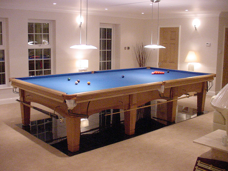 Snooker Tables Pool Tables Bar Billiards Hubble Sports - Real pool table size